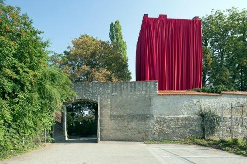 "Borjana Ventzislavova (Bulgarien), ""The History Theatre"", Anatomieturm bei der Königlichen Villa (Foto: donumenta))"
