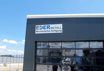 Die neue Maschinenhalle misst 400 Quadratmeter. (Foto: Julia Weigl-Wagner)